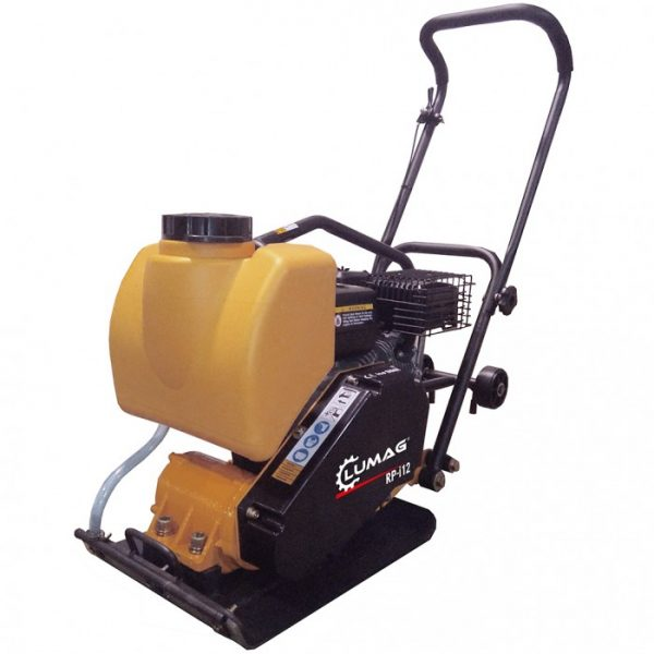 Plate compactor with water